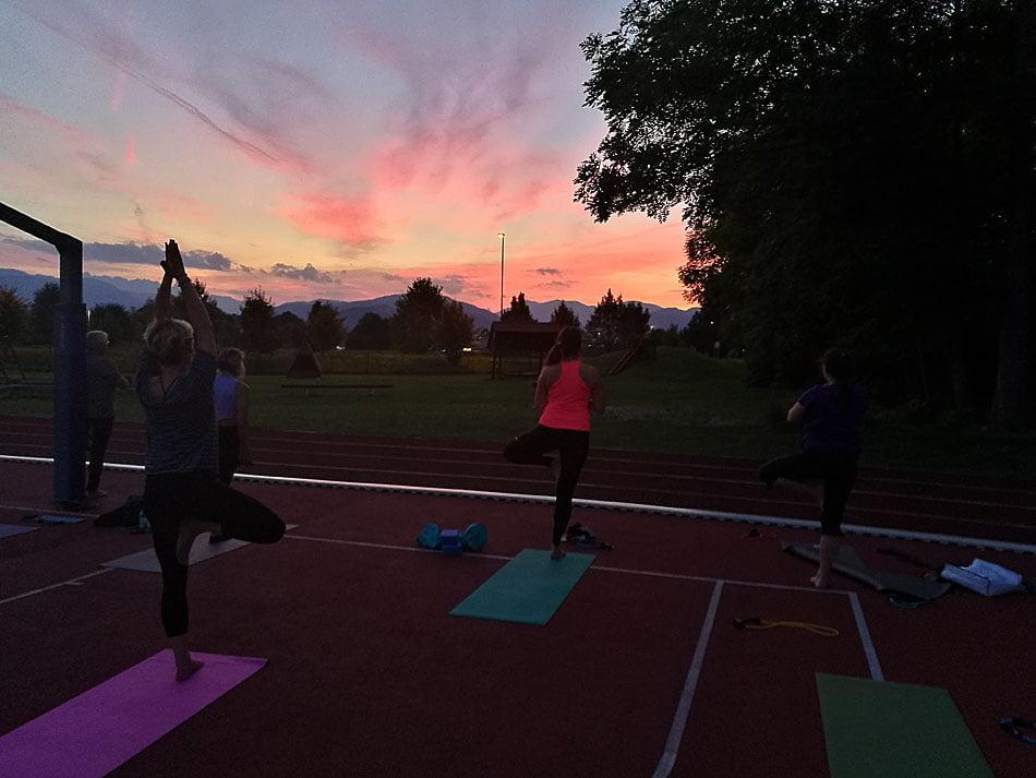 Poletna joga Lesce v avgustu